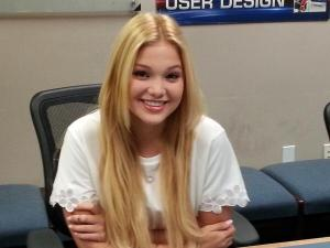 "Vida Urbonas @VidaUrbonas  ·  13h Disney Channel star Olivia Holt from ""I Didn't Do It"" on 9news at 7:55am. 9news on Ch 20 due to French Open. @9NEWS"